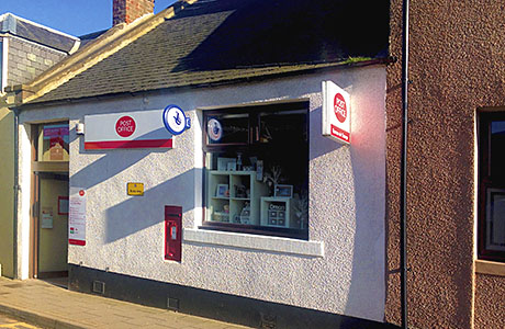 Post office with unexploited retail potential on the market