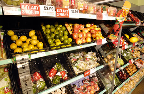 Scots behind on grocery spend