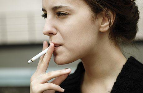 Women quitting as smoking slips