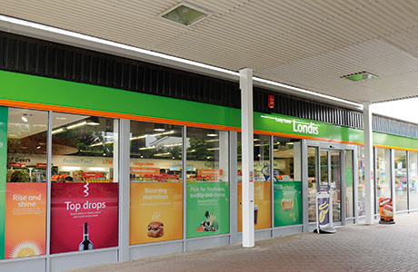 Booker buys Londis and Budgens