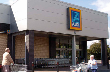 Half of shoppers use discounters
