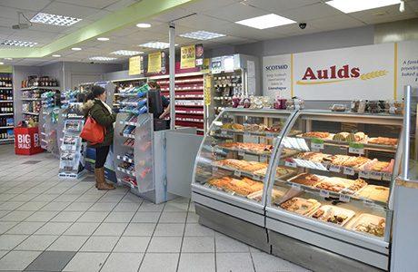 031_Bakery counter long