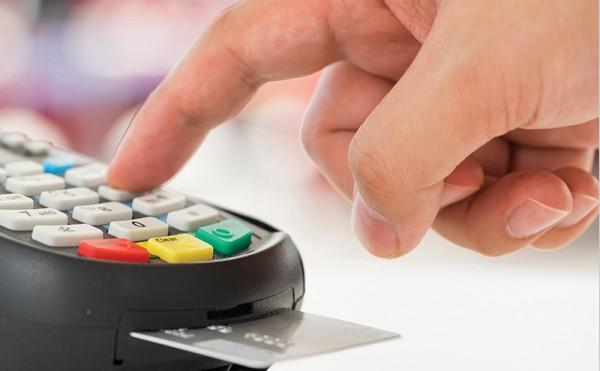 Cards take 79% of total retail sales