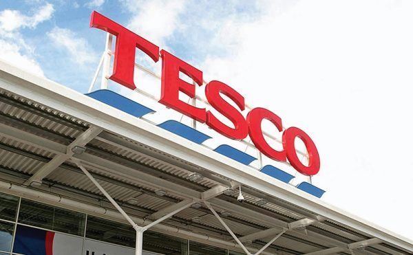 Supermarket share grab