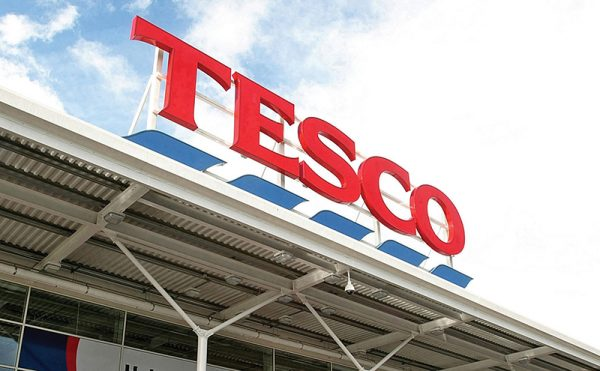 Discounters slow as Tesco jumps