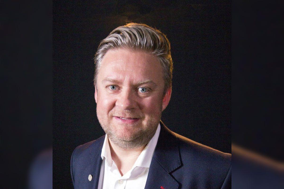 Simon Hannah Portrait